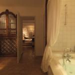 HOTEL LE BASTIDE DE MOUSTIERS 2, Prowansja